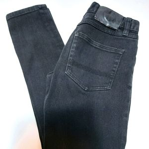 Womens elements black skinny jeans